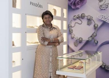 Criadora de sonhos: conheça Rachel Maia, CEO da joalheria Pandora no Brasil
