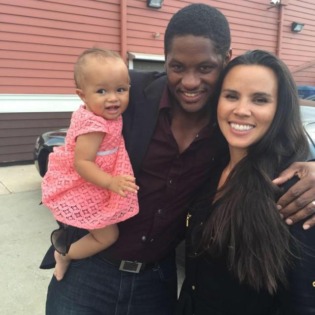 O norte-americano Ky Adderley, residente no Rio, e sua família. (Foto: arquivo pessoal)