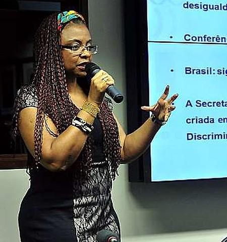Nilma Lino Gomes criticou a PEC que reduz a maioridade penal de 18 para 16 anos. Luis Macedo/Câmara dos Deputados