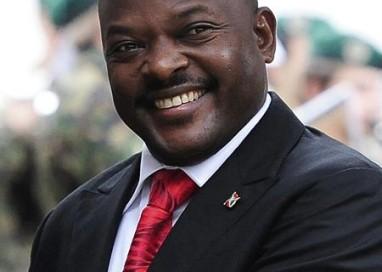 Militar anuncia golpe e diz que depôs presidente do Burundi; governo diz que tentativa 'falhou'