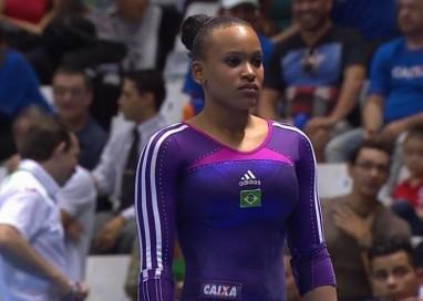 Debutante entre as adultas no salto, Rebeca leva prata em São Paulo