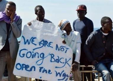 Itália acusa França de fechar fronteira em meio à crise migratória; ministro francês nega