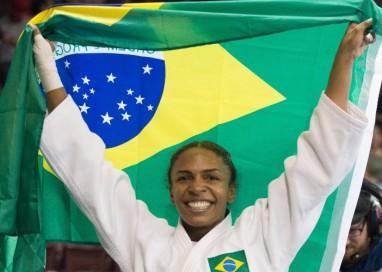 """Érika é campeã. """"Vovó"""" do judô consegue primeiro ouro do Brasil em Toronto"""
