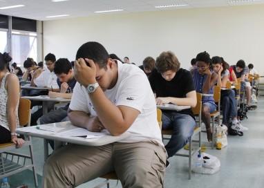 Censos dos últimos 50 anos mostram que avanços no acesso a educação e renda não diminuem disparidade racial no Brasil