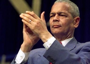 Morre ativista norte-americano de direitos civis Julian Bond