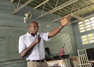 Em campanha para a Presidência do Haiti, líder da Via Campesina mobiliza camponeses