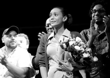 Taís e Lázaro emocionam o público em peça sobre Martin Luther King