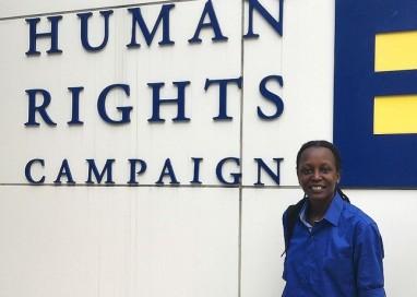 Ativista pelos direitos LGBT de Uganda é uma das vencedoras de 'Prêmio Nobel alternativo'