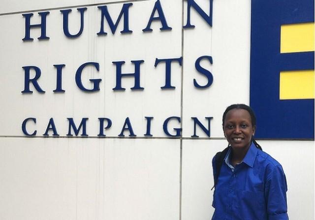 Ugandense é conhecida militante no país africano que, desde fevereiro de 2014, pune homossexualidade com prisão perpétua