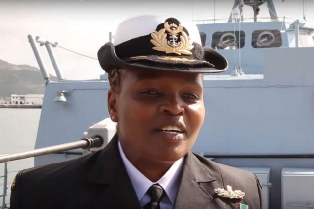151215-zimasa-mabela-premiere-africaine-capitaine