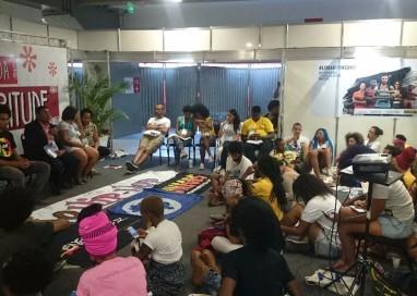 Jovens discutem racismo e violência com secretário especial da Seppir