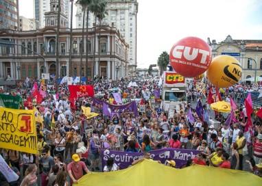 Marcha de abertura reúne mais de 10 mil e mostra vitalidade da agenda do Fórum Social Mundial