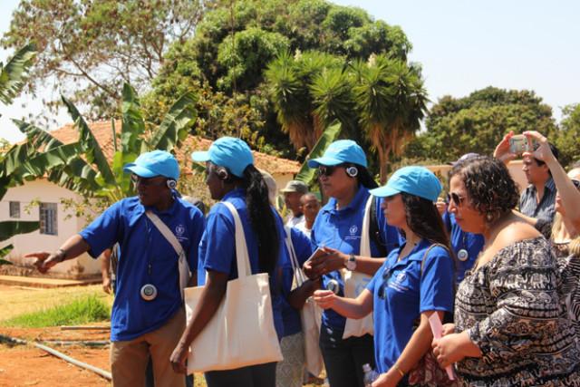 Delegação da União Africana visita escola pública no Brasil para conhecer programa de alimentação escolar