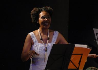 Monólogo de Cuti com Vera Lopes abre a programação comemorativa do Sopapo Poético nesta sexta-feira