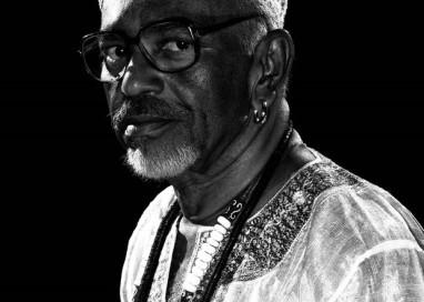 Escritor José Limeira morre de câncer aos 61 anos