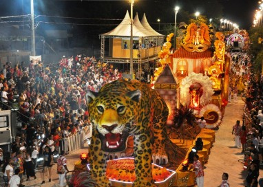 Canal 20 de Porto Alegre transmite o Carnaval de Uruguaiana