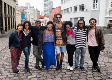 """O estereótipo da favela na TV não nos representa"""", dizem atores da Cia Marginal"""