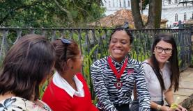 Ex-empregada doméstica, Luana Tolentino, hoje professora, foi homenageada com a Medalha da InconfidênciagLéo Rodrigues - Agência Brasil