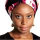 Uma escritora que mostra que a África não se resume a pobreza. Por Luísa Gadelha