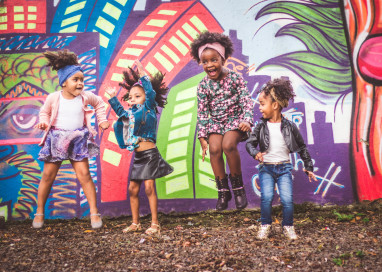 Campanha com crianças negras busca problematizar racismo na cidade de Santa Cruz do Sul/RS