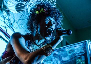 Grupo de teatro Pretagô apresenta espetáculo AfroMe