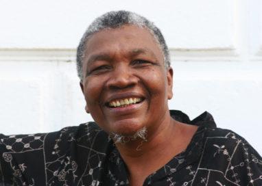 Sopapo Poético recebe o poeta e compositor baiano Juraci Tavares