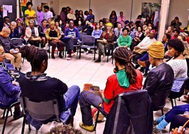 Sarau Sopapo Poético realiza lançamento de documentário