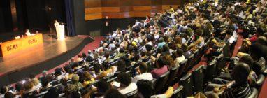 Auditório do Teatro Municipal ficou lotado em noite inaugural do IX Copene