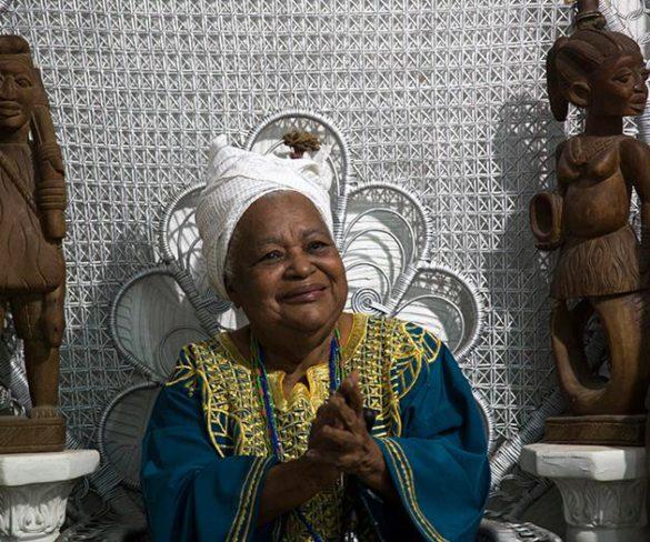 O Brasil Chora a Morte de Mãe Beata