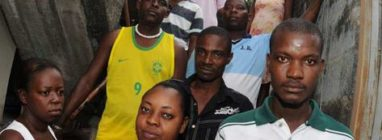 haitianos-amazonas-predio_acrima20111124_0115_15