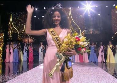 """Miss Brasil 2017: """"Vou ajudar as mulheres negras a se acharem mais bonitas"""""""