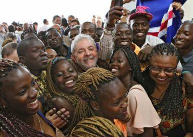 Moro usa termo denegrir em audiência e Lula chama sua atenção