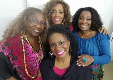 Negras em Canto e Grupo Puro Samba em nome da saudade relembrando João Nogueira