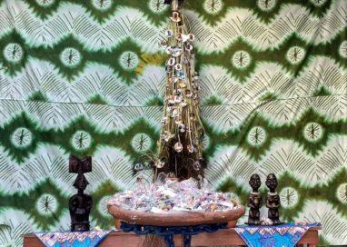 Natal dos orixás: terreiro de candomblé cria árvore para exaltar ancestrais