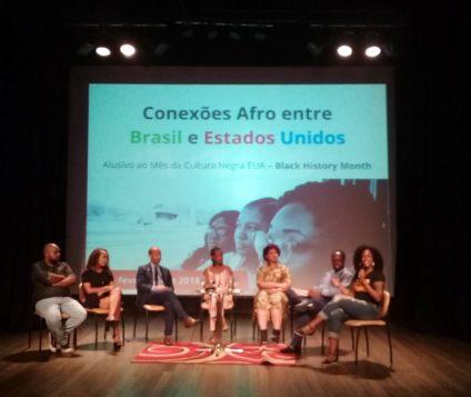 Evento Conexões Afro entre Brasil e Estados Unidos, alusivo ao mês da Cultura Negra Americana