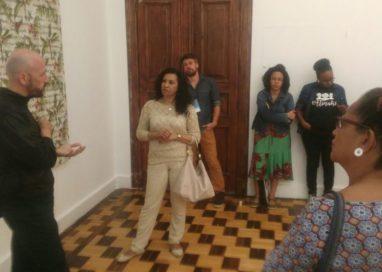 Artista português Vasco Araújo realiza prévia da exposição que fará na XI Bienal do MERCOSUL