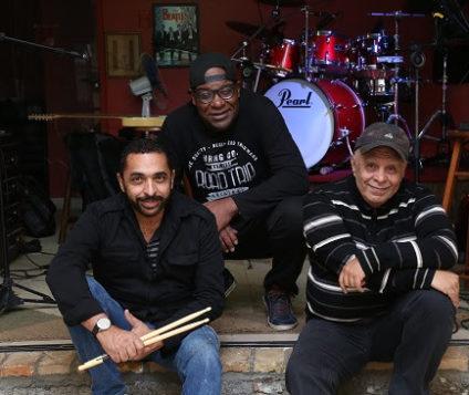 Gueto Trio Canta Ivan Lins no Café Fon Fon