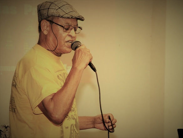 Sarau – Sopapo Poético, apresenta: 'Seu' Renato Borba